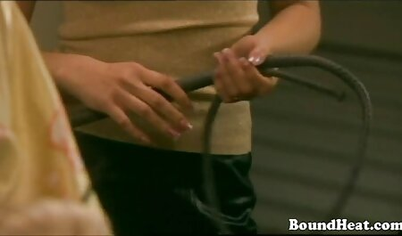 Vollbusige Mutter gratis comic porno zeigen sexuellen Körper Webcam